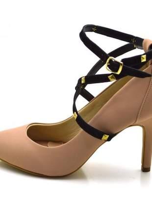 Sapato scarpin salto alto com alças e spikes em napa nude