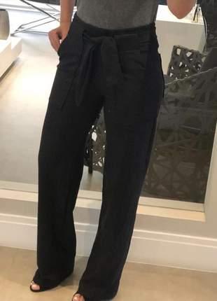 Pantalona cintura alta com faixa
