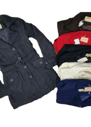 Casaco de lã batida feminino forrado com botões e cinto