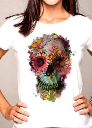 T-shirt caveira flores