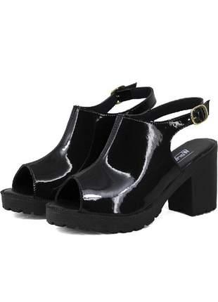 Sandália tratorada magi shoes salto grosso