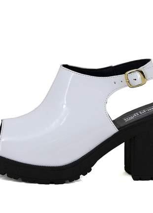 Sandália tratorada mr. gutt salto grosso branco