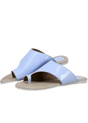 Sandália rasteirinha mr. gutt tratorada verniz azul