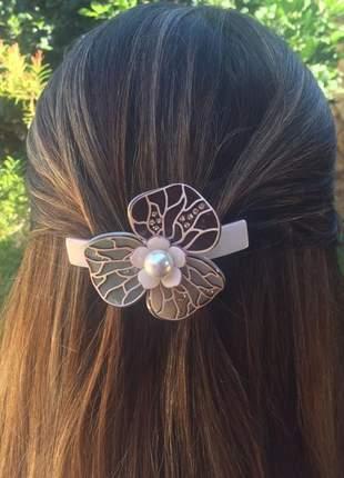 Presilha de cabelo em acetato - camélia primavera fashion