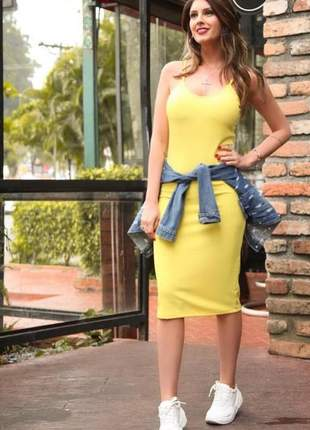 Vestido midi  feminino canelado alcinha com bojo