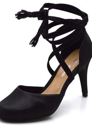 Sandália gladiadora salto alto fino em nobucado preto