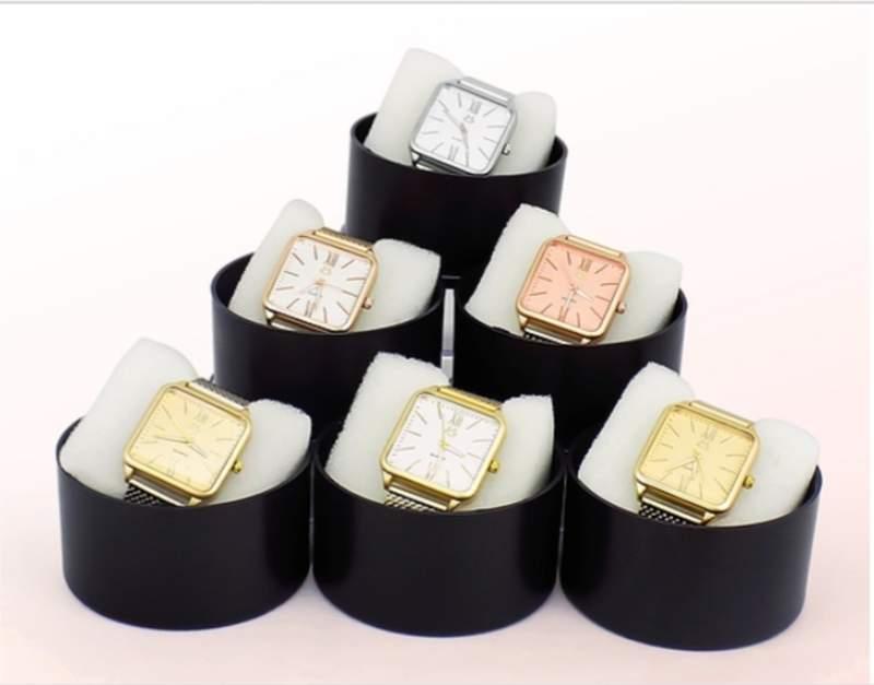 2173a92ba Kit 10 relógios originais feminino atacado p/revenda - R$ 239.00 ...