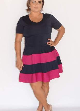 37a0e9051 Vestido preto curto rodado - compre online, ótimos preços | Shafa