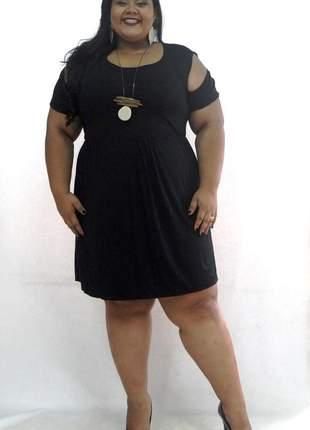 Vestido plus size ombro aberto