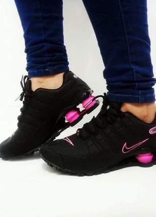 Tênis nike shox feminino nz  preto /rosa