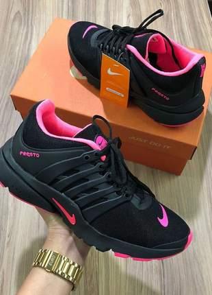 Tênis nike air presto  preto/pink