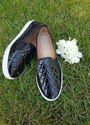 Alpargatas slip on distinta preto