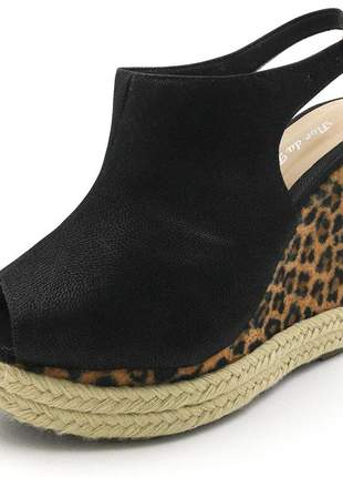 Sandália anabela feminina preto salto plataforma estampa onça