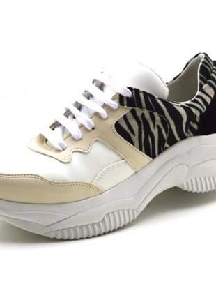 Tênis sneakers chuncky recortes em napa creme com detalhes em zebra