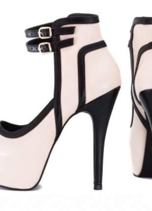 Sandália da marca torricella