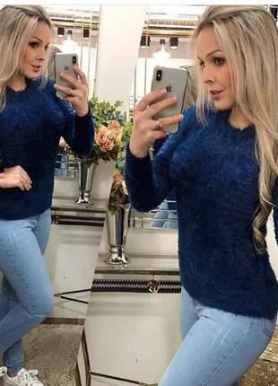 Blusa de pelinho modelo super despojado tendência outono inverno 2019
