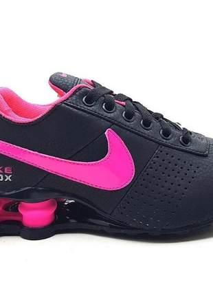 Tênis nike shox feminino classic  preto/rosa
