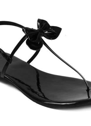 Sandália flat com gravatinha verniz preto mercedita shoes