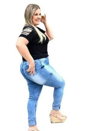 Calça jeans feminina plus size marmorizada com lycra