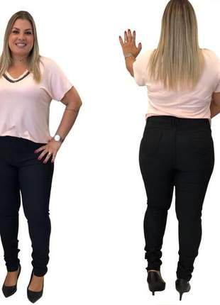 Calça jeans plus size feminina preta modeladora
