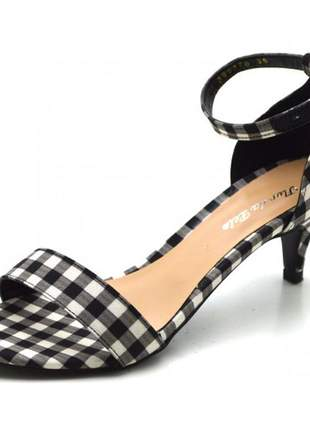 Sandália feminina social salto baixo fino em tecido xadrez preto