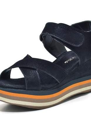 Sandália anabela trançada salto médio em nobucado preto