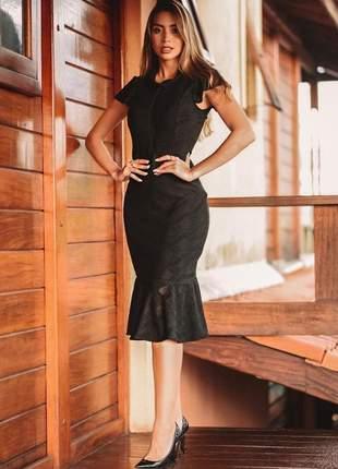 Vestido preto midi renda festa elegante