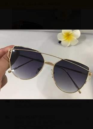Óculos de sol  metal quadrado