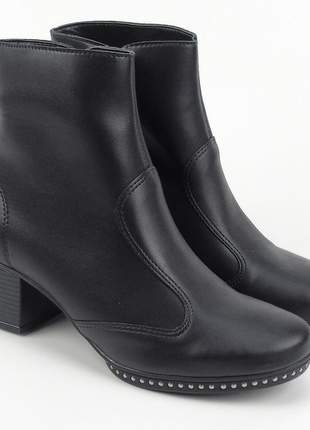 Bota coturno feminino cano curto preto fosco salto grosso baixo napa