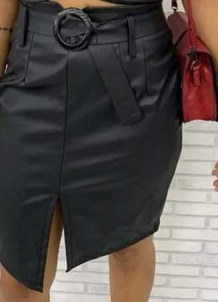 Saia mais feminina com cinto fivela laço em couro eco
