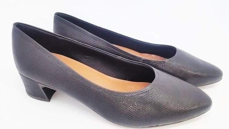 d93c6a8b2 ... Sapato feminino tamanho grande bico fino usaflex preto numeração  especial 40, 41 e 423 ...