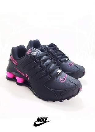 Tênis nike shox nz feminino preto /rosa