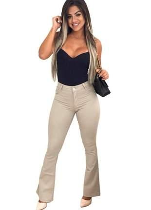 Calça jeans flare creme cós alto com lycra