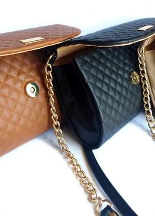 Bolsa feminina couro sintético matelassê com alça