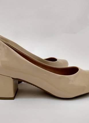81330a7793 Scarpin salto grosso dalí shoes