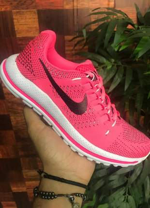 Nike mens air zoom vomero 12 rosa