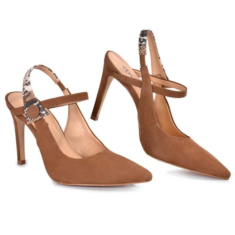 6240891cd3 Sapato feminino scarpin salto fino - R  137.00 (em couro