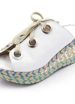 Sandália anabela branca salto medio colorido cadarço amarração