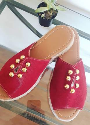 Sandalia tamanco flat bordô