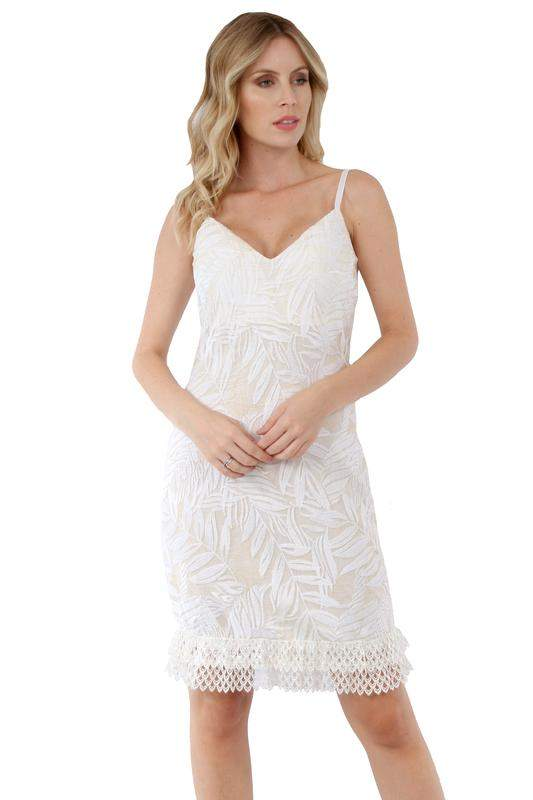 98af3c2588 Vestido curto de festa branco - R  120.00 (tule)  21540