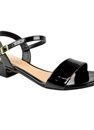 Sandalia preta verniz salto bloco