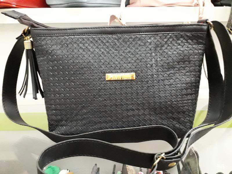 ea2c58127 Bolsa santa lolla - R$ 70.00 (dourada, de couro ecologico) #21776 ...