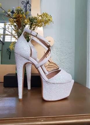 Sandalia salto 15 branca glitter noiva debutante drag festa brilho desfile pata promo 39