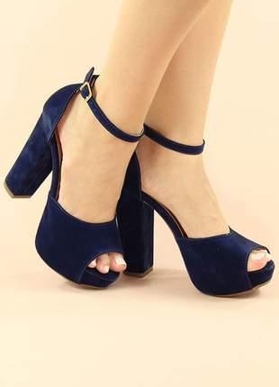 Sandália meia pata salto alto grosso