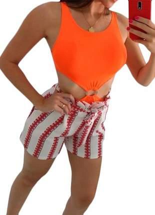 Body neon laranja com argola e decote na cintura modinha