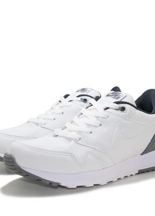 dba0db7a0 Tenis Nike feminino - compre online, ótimos preços | Shafa