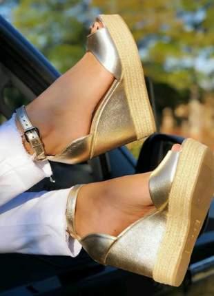 Sandalias anabela ouro salto 12 cm