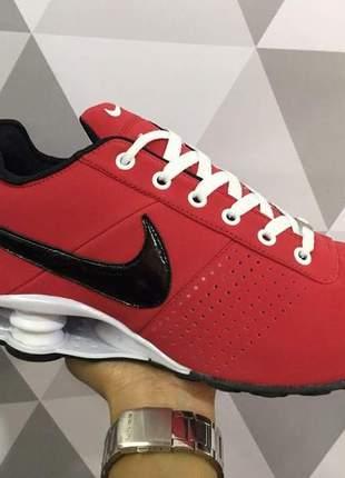 new style 615fd c0f66 Tênis feminino nike shox deliver vermelho