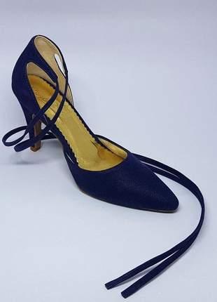 Sapatos femininos scarpins de amarrar na perna