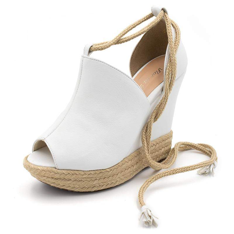 a0775c5682 Sandália anabela salto plataforma branca amarrar na perna - R ...